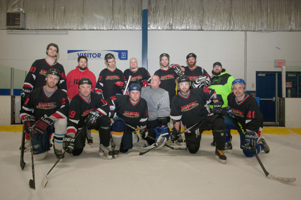 2017-hockey-team-7584